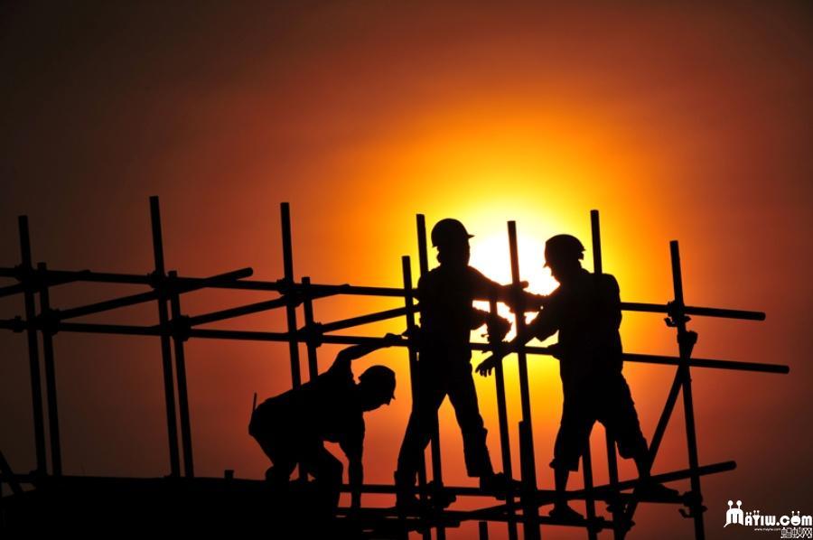 除了架子工,钢筋工的工资在工地上就是最高的